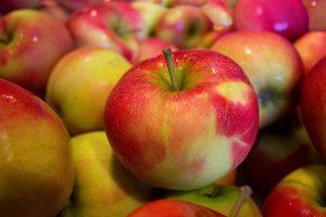 apples-490474_640